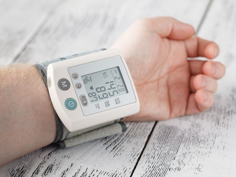 News Picture: Aggressive Blood Pressure Treatment Does Not Put Seniors at Risk: Study